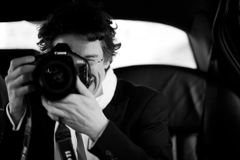 Bruno Cohen hidden photographer in Paris for proposals, engagements and elopements photo-shootings