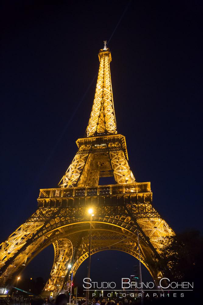 Eiffel Tower at night winter proposal in paris