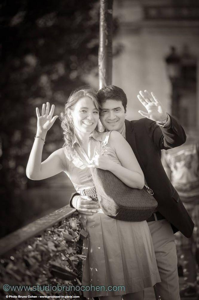 portrait couple hugging in paris smile love kiss happy