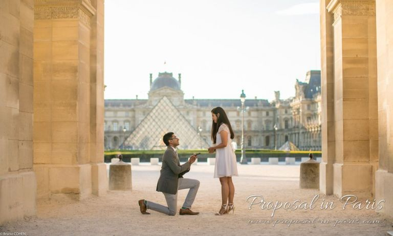 proposal at Arc de triomphe du Carrousel in the Tuileries Gardens